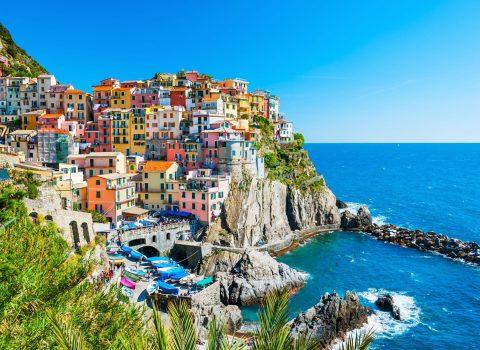 Cinque-Terre-national-park-Italy.jpeg